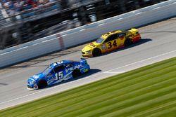 Clint Bowyer, HScott Motorsports Chevrolet, Chris Buescher, Front Row Motorsports Ford