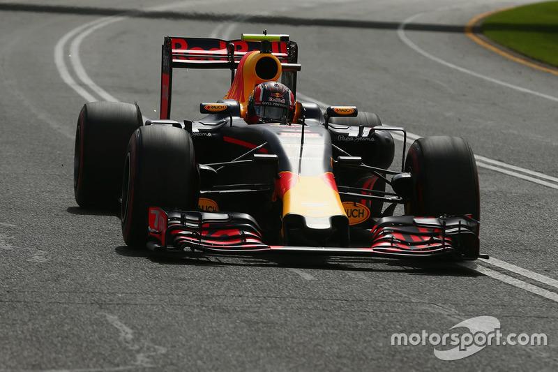 Daniil Kvyat, Red Bull Racing, RB12