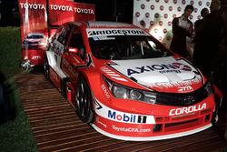 El Toyota Corolla de Matías Rossi y Esteban Guerrieri