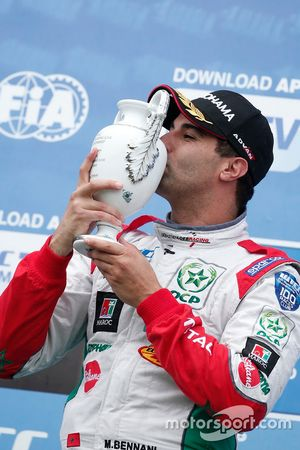Podium : Le vainqueur Mehdi Bennani, Sébastien Loeb Racing, Citroën C-Elysée WTCC