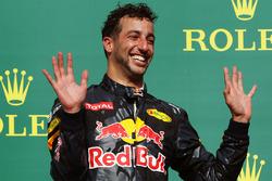 Daniel Ricciardo, Red Bull Racing RB12 op het podium