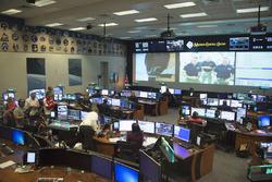 Andrea Iannone, Ducati Team, et Dani Pedrosa, Repsol Honda Team visitent le Centre Spatial Johnson de la NASA