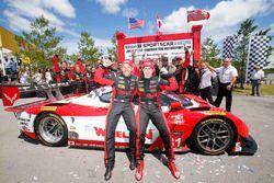Ganadores, #31 Action Express Racing Corvette DP: Eric Curran, Dane Cameron