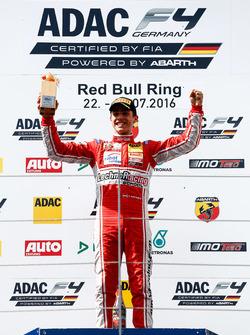 Podium: Sieger Thomas Preining, Lechner Racing