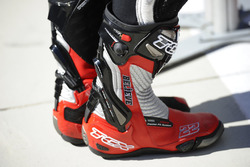 Botas de Sam Lowes, Federal Oil Gresini Moto2