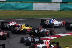 Oliver Rowland, MP Motorsport, Gustav Malja, Rapax, Mitch Evans, Pertamina Campos Racing ve Nobuharu
