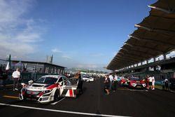 Grid Race 1 Roberto Colciago, Honda Civic TCR, Target Competition