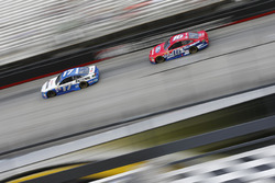 Ricky Stenhouse Jr., Roush Fenway Racing Ford, Greg Biffle, Roush Fenway Racing Ford