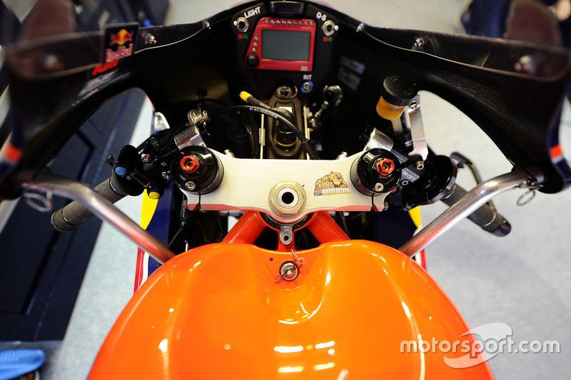La moto di Brad Binder, Red Bull KTM Ajo