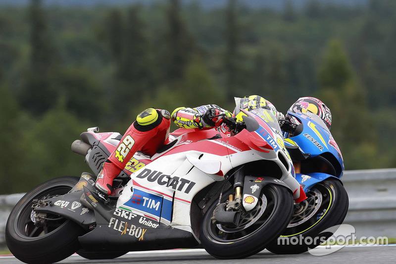Andrea Iannone, Ducati Team; Maverick Viñales, Team Suzuki MotoGP