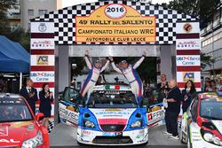 I vincitori Marco Signor e Patrick Bernardi, Ford Focus WRC, Sama Racing