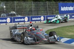 Will Power, Team Penske Chevrolet leads Simon Pagenaud, Team Penske Chevrolet