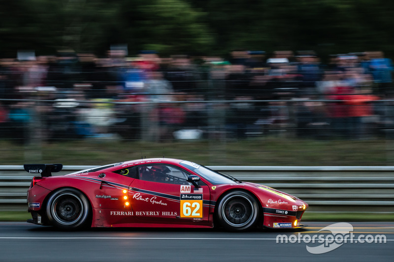 Ferrari 458 Italia команды Scuderia Corsa: Билл Суидлер, Джефф Сигал, Таунсенд Белл