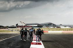 Track walk with the Panis Barthez Competition Team