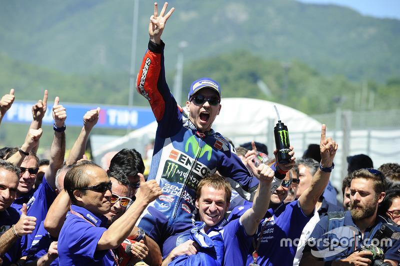 "<img class=""ms-flag-img ms-flag-img_s2"" title=""Spain"" src=""https://cdn-6.motorsport.com/static/img/cf/es-3.svg"" alt=""Spain"" width=""32"" /> Jorge Lorenzo : 47 victoires"