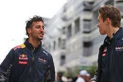 Daniel Ricciardo, Red Bull Racing avec son équipier Daniil Kvyat, Red Bull Racing