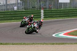 Jonathan Rea, Kawasaki Racing Team; Tom Sykes, Kawasaki Racing Team
