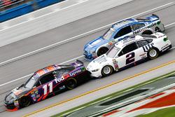 Denny Hamlin, Joe Gibbs Racing Toyota, Brad Keselowski, Team Penske Ford