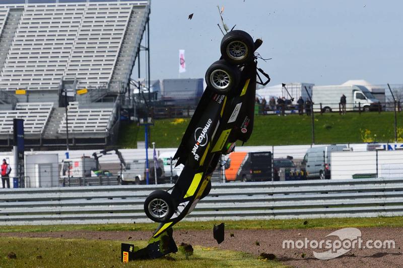 Enzo Bortoleto, büyük kaza