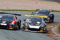 #55 Aust Motorsport, Audi R8 LMS: Xavier Maassen, Lukas Schreier en #36 bigFM Racing Team Schütz Mot