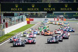 Départ : #1 Porsche Team Porsche 919 Hybrid: Timo Bernhard, Mark Webber, Brendon Hartley mène