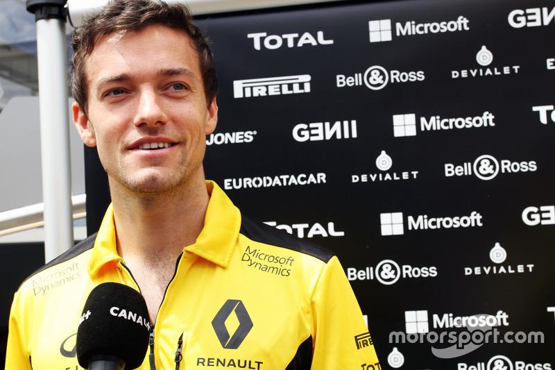 Jolyon Palmer, Renault Sport F1 Team con i media