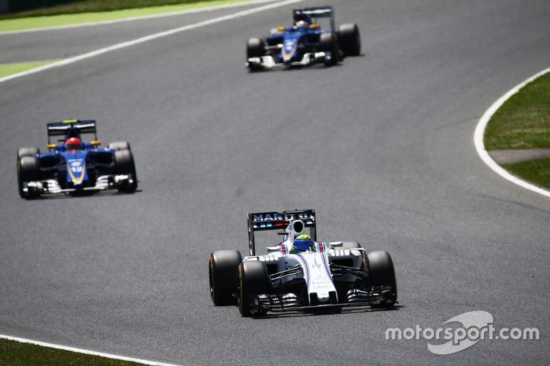 O piloto da Williams conseguiu entrar na zona de pontuação, terminando em oitavo.