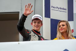 Подиум: Каллум Илотт, Van Amersfoort Racing Dallara F312 – Mercedes-Benz