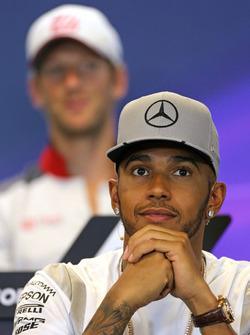 Lewis Hamilton, Mercedes AMG F1 Team en Conferencia de prensa FIA