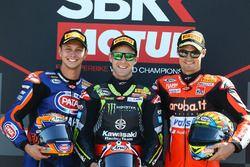 Podium : le vainqueur Jonathan Rea, Kawasaki Racing, le deuxième, Michael van der Mark, Pata Yamaha, le troisième, Chaz Davies, Aruba.it Racing-Ducati SBK Team