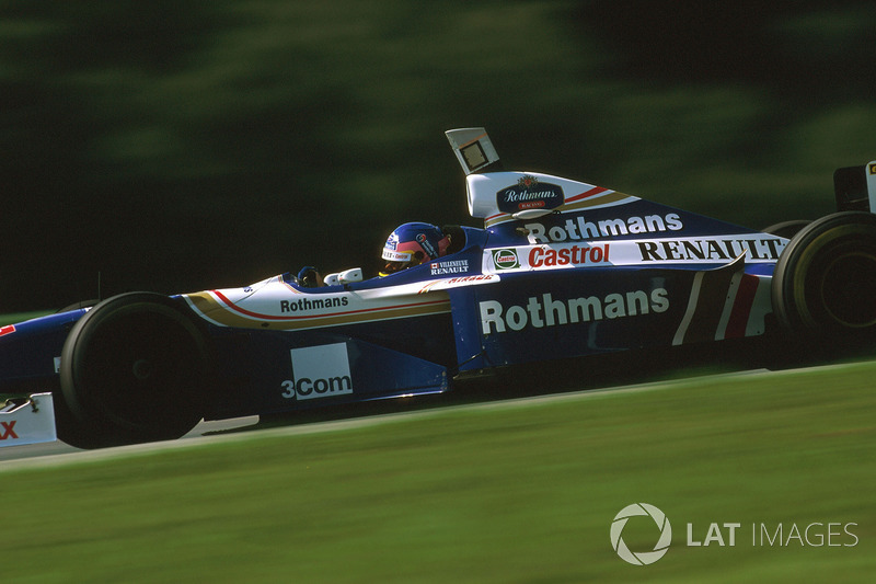 27. Jacques Villeneuve: 101 GPs (61,96% dos disputados)