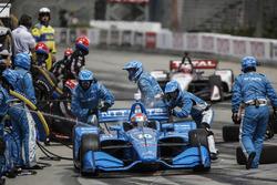 Ed Jones, Chip Ganassi Racing Honda, pitstop