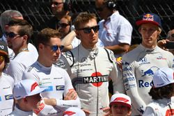 Stoffel Vandoorne, McLaren, Sergey Sirotkin, Williams and Brendon Hartley, Scuderia Toro Rosso on the grid