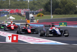 Callum Ilott, ART Grand Prix, leads Pedro Piquet, Trident and Alessio Lorandi, Trident