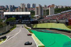 Sebastian Vettel, Ferrari SF70H and Valtteri Bottas, Mercedes-Benz F1 W08