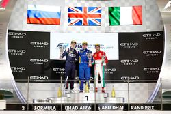 Podium: Race winner Oliver Rowland, DAMS, Second place Artem Markelov, RUSSIAN TIME, and Third place