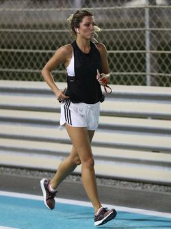 Federica Masolin, Presentatrice Sky Italia corre lungo la pista