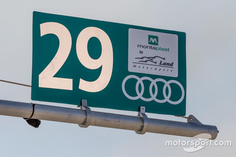 Land-Motorsport signage