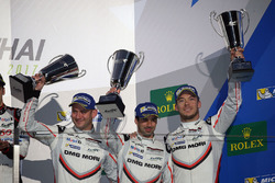 Podium: third place Neel Jani, Andre Lotterer, Nick Tandy, Porsche Team