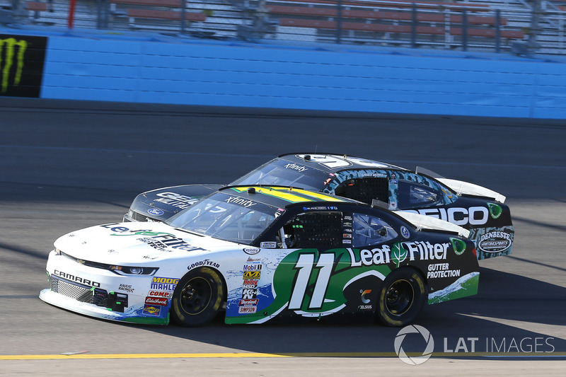 Blake Koch, Kaulig Racing Chevrolet e Casey Mears, Biagi-DenBeste Racing Ford