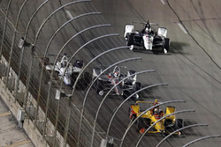 L'incidente di Will Power, Team Penske Chevrolet, Zachary Claman De Melo, Dale Coyne Racing Honda