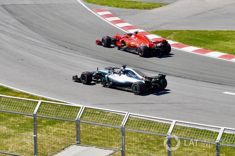 Lewis Hamilton, Mercedes-AMG F1 W09 and Sebastian Vettel, Ferrari SF71H