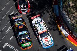 Джеймс Моффат, Garry Rogers Motorsport, и Алекс Рулло, Lucas Dumbrell Motorsport Holden
