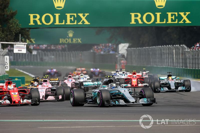 Valtteri Bottas, Mercedes-Benz F1 W08, Lewis Hamilton, Mercedes-Benz F1 W08, Sebastian Vettel, Ferrari SF70H