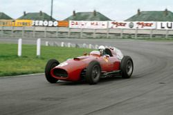 Maurice Trintignant, Lancia-Ferrari D50 801, shared with Peter Collins