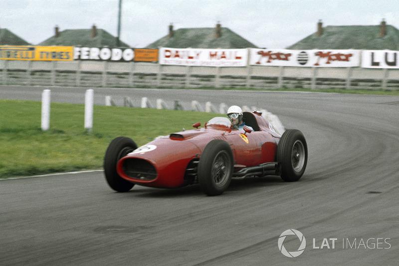 1957年:ランチア-フェラーリ801