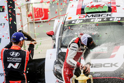 Yarış galibi Elfyn Evans, Daniel Barritt, Ford Fiesta WRC, M-Sport