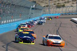 Ryan Blaney, Team Penske, Ford Fusion Devilbiss, William Byron, Hendrick Motorsports, Chevrolet Cama
