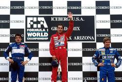 Подиум: победитель Айртон Сенна, Mclaren, Жан Алези, Tyrrell, Тьерри Бутсен, Williams
