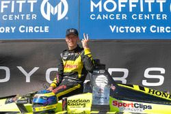 Победитель Себастьен Бурдэ, Dale Coyne Racing with Vasser-Sullivan Honda
